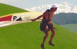 Nacktfliegen im Alpstein / Bild Paratech.ch